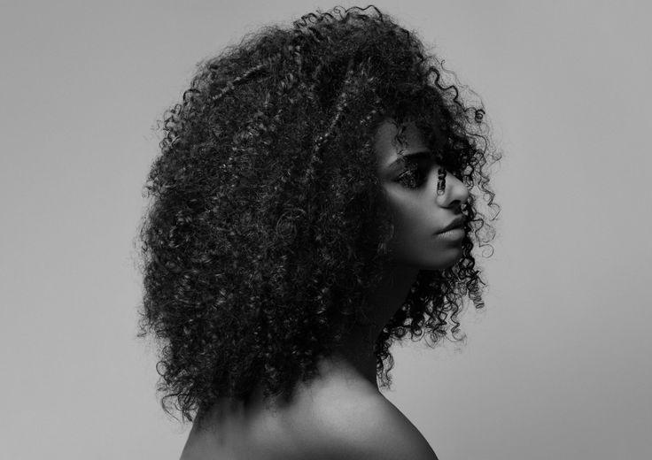 Cheveux frisés et crépus _ comment en prendre soin _
